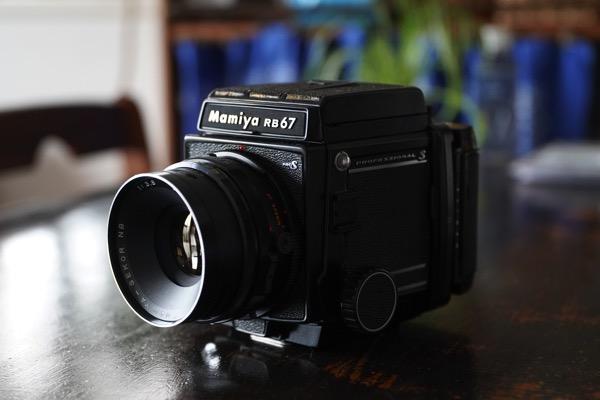中判フィルムカメラ「Mamiya RB67 Pro S」を購入しました。
